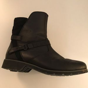 Teva Suede and Leather Waterproof Boots Shoes